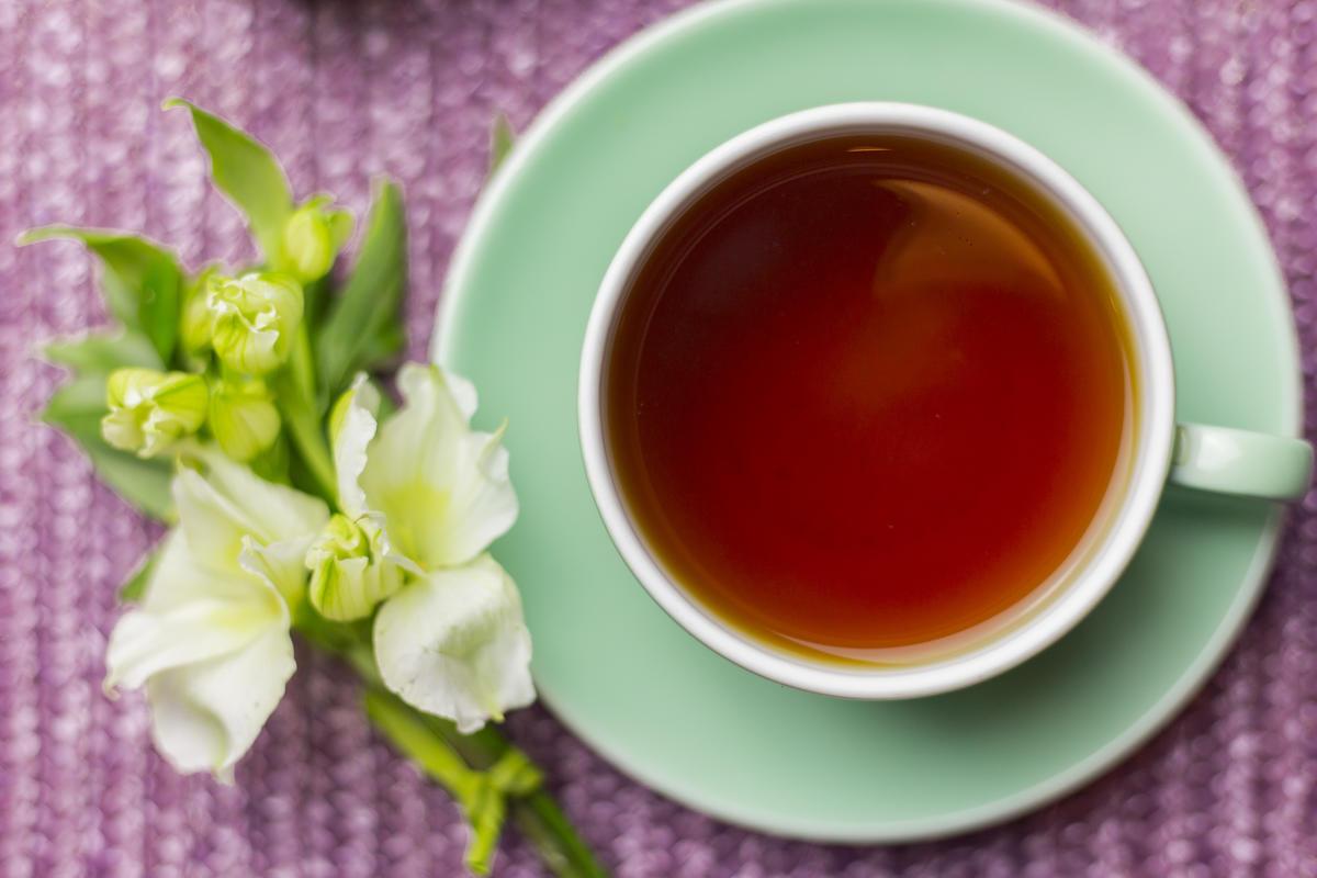 Fiori nel tè: tutta l'allegria della primavera in tazza